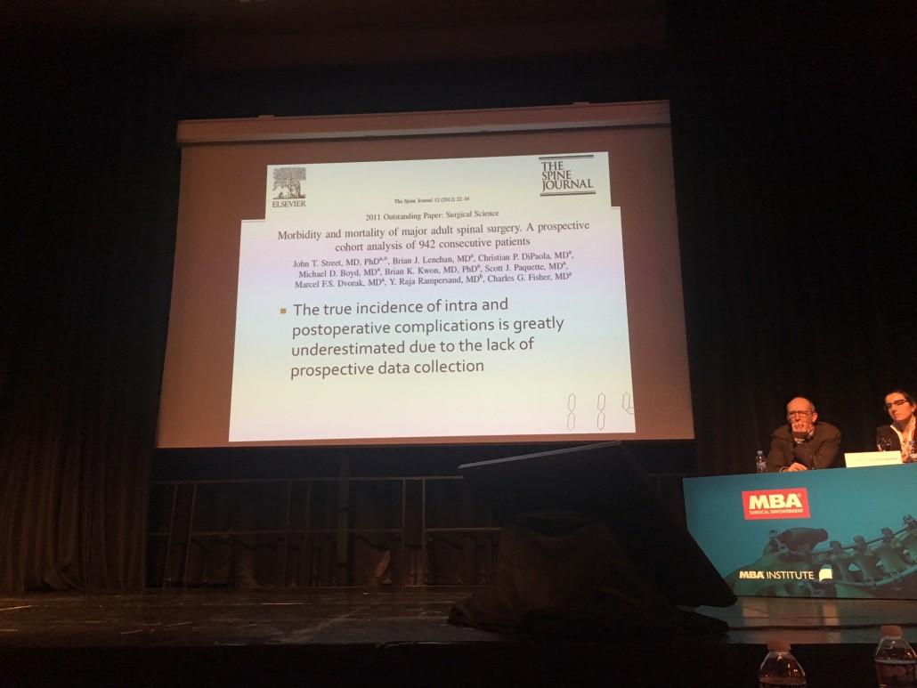 Diapositiva de una de las presentaciones de complicaciones, donde se destaca la subestimación de éstas.