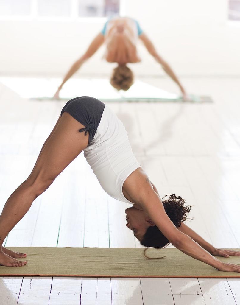 Yoga Dr. Alberto Hernandez Especialista de Columna Vertebral